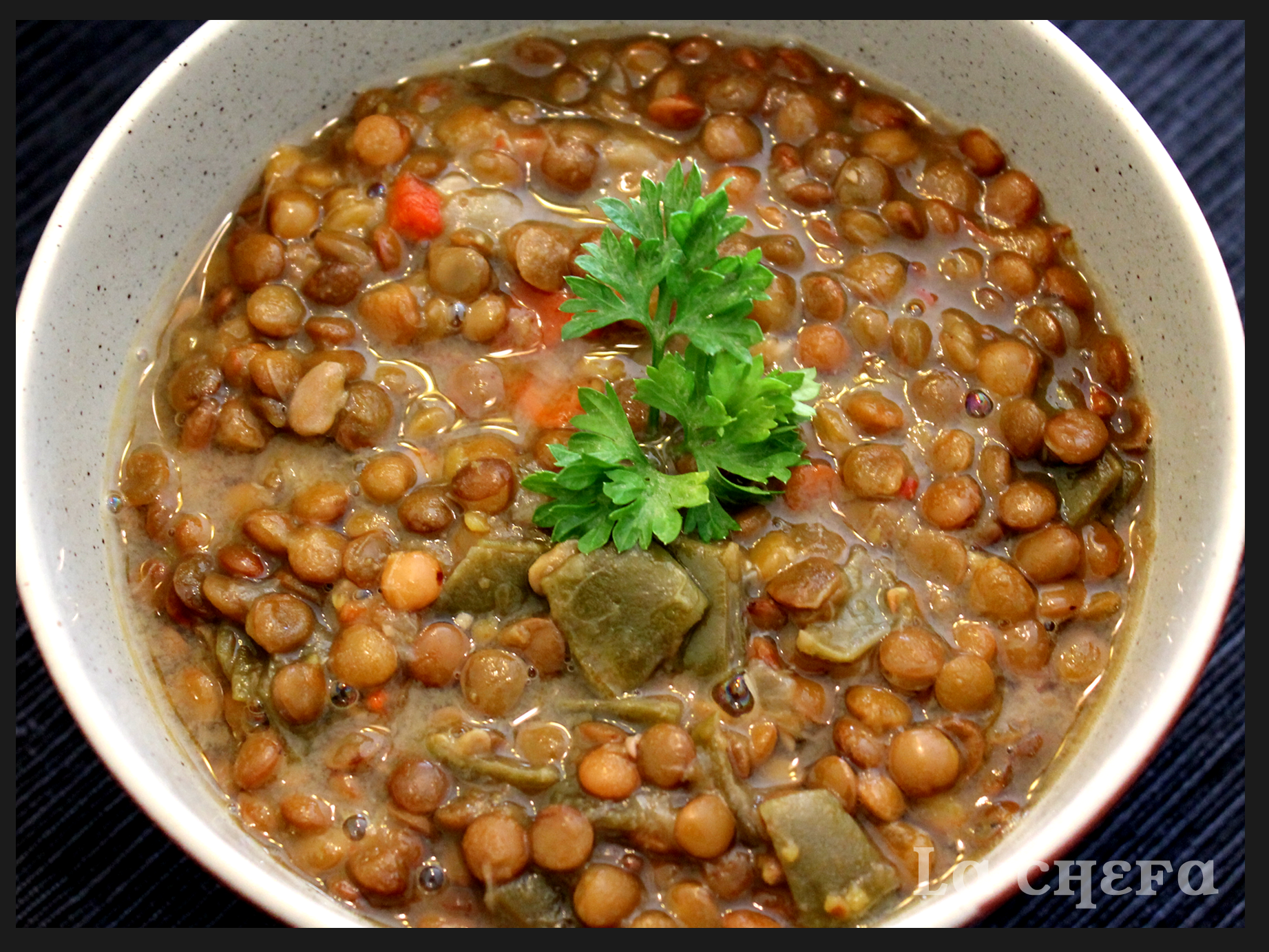 Lentejas con verduras al azafr n lachefa for Cocinar lentejas con verduras
