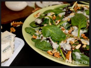 ensalada-espinacas-y-frutos-secos-con-salsa-gorgonzola2